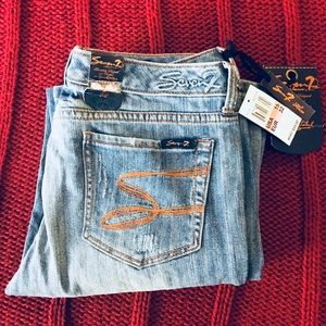 NWT Seven7 Flare Jeans size 32